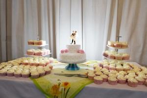 Bruidstaart en cupcakes